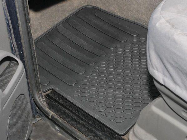 Gummi-Fußmatten Set vorne, passend für Discovery 2